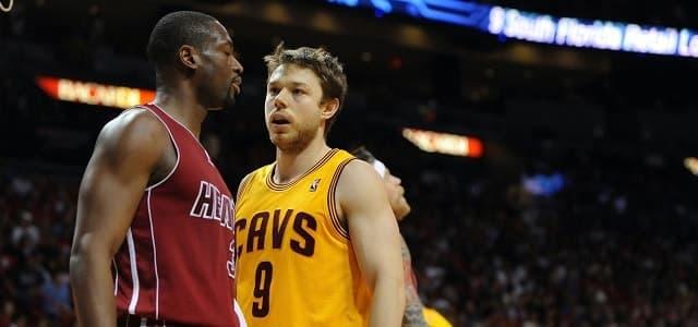 Matthew Dellavedova - Kyrie Irving - LeBron James - Mo Williams - Cleveland Cavaliers - NBA
